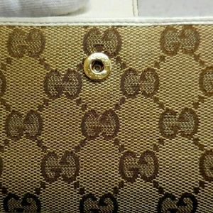 Gucci Bags - Auth Gucci skinny cute monogram card pass case